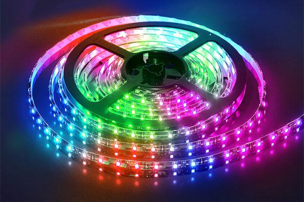 купить светодиоднуб ленту RGB с Алиэкспресс